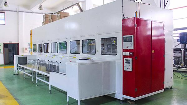 新乡航空单槽式碳氢真空清洗机应用案例